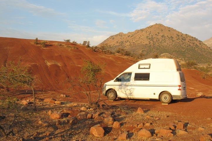 Mit dem Custom-Bus Camper durch Südamerika